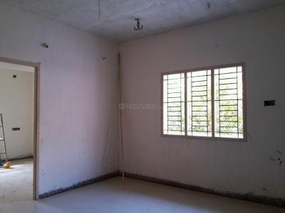 Gallery Cover Image of 685 Sq.ft 2 BHK Apartment for buy in Ponniammanmedu for 3550000