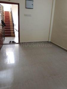 Gallery Cover Image of 600 Sq.ft 1 BHK Independent House for rent in Kodambakkam for 9000