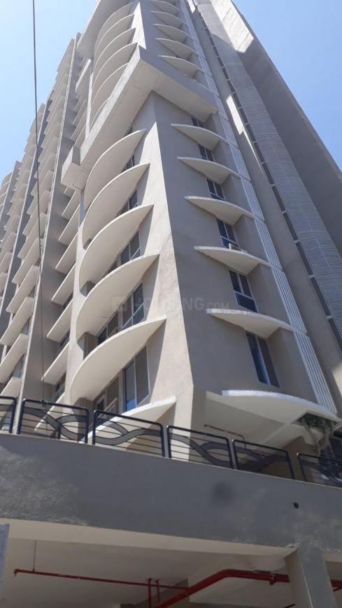 Building Image of 500 Sq.ft 1 BHK Apartment for buy in Malad West for 10400000