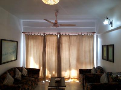 Gallery Cover Image of 650 Sq.ft 2 BHK Apartment for rent in Chembur for 45000