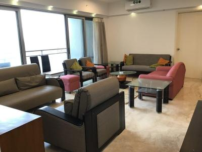 Gallery Cover Image of 2000 Sq.ft 3 BHK Apartment for rent in Goregaon East for 150000