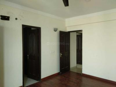 Gallery Cover Image of 1610 Sq.ft 3 BHK Apartment for rent in Vaibhav Khand for 18000