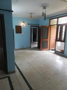 Gallery Cover Image of 1260 Sq.ft 2 BHK Apartment for rent in Vasant Apartments, Sector 62 for 13500
