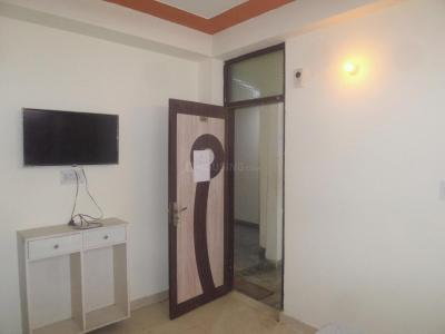 Gallery Cover Image of 250 Sq.ft 1 RK Apartment for rent in DLF Phase 3 for 10000