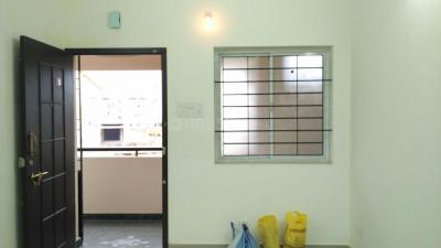Gallery Cover Image of 600 Sq.ft 1 BHK Apartment for rent in Pallavaram for 9000
