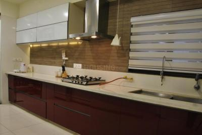 Gallery Cover Image of 2000 Sq.ft 3 BHK Apartment for rent in Bopal for 24000