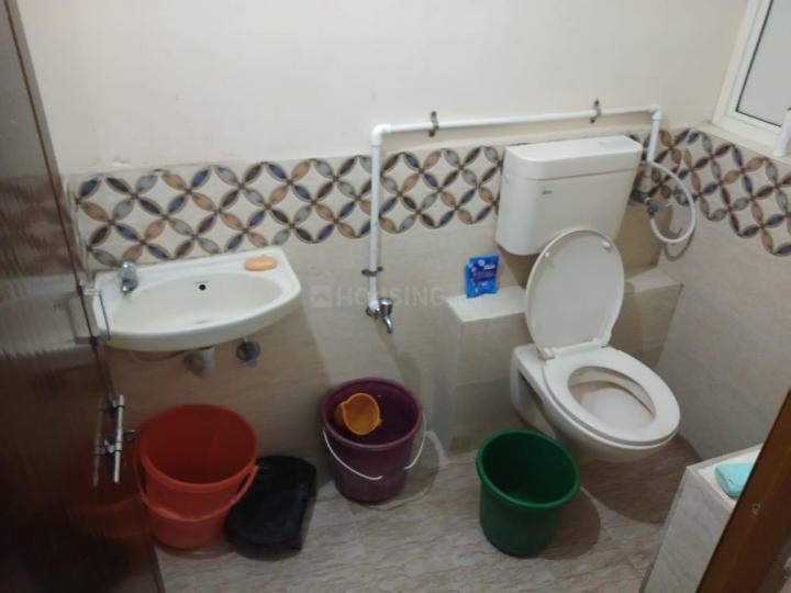 नरनपुरा में सृजी निवास पीजी के बाथरूम की तस्वीर