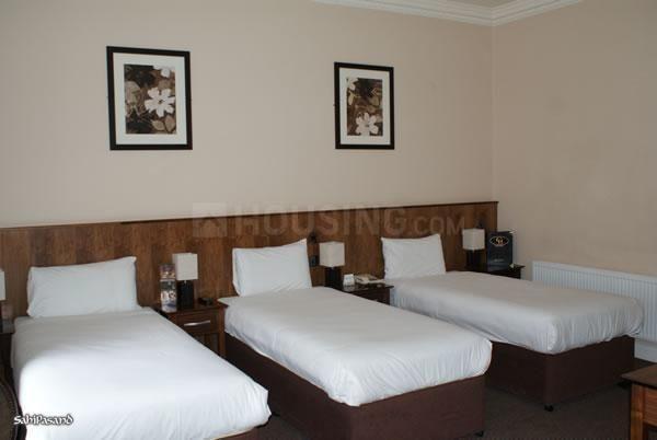 भांडूप वेस्ट में ओम साई प्रॉपर्टी में बेडरूम की तस्वीर