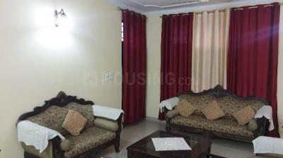 Gallery Cover Image of 2200 Sq.ft 3 BHK Villa for rent in Sector 135 for 30000