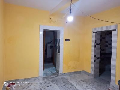 Gallery Cover Image of 750 Sq.ft 2 BHK Independent House for rent in Rishra for 6000