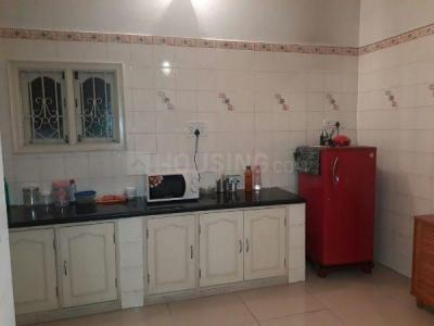 Gallery Cover Image of 1350 Sq.ft 2 BHK Apartment for rent in Cunningham Apartment, Vasanth Nagar for 43000