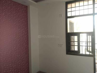 Gallery Cover Image of 630 Sq.ft 2 BHK Independent Floor for rent in Sector 4 Rohini for 16000