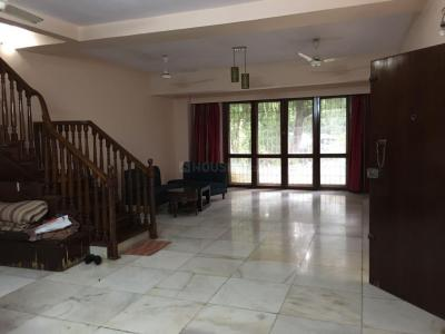 Gallery Cover Image of 2800 Sq.ft 4 BHK Independent House for buy in Juhu for 140000000