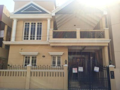 Gallery Cover Image of 2500 Sq.ft 3 BHK Independent House for rent in JP Nagar for 40000