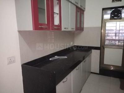 Gallery Cover Image of 1010 Sq.ft 2 BHK Apartment for rent in Kandivali East for 32000