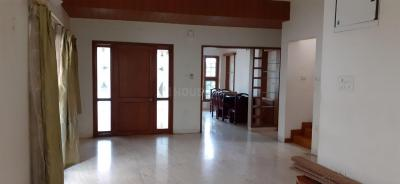 Gallery Cover Image of 2400 Sq.ft 4 BHK Villa for rent in Nizampet for 40000