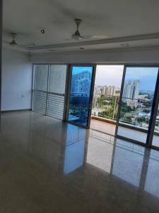 Gallery Cover Image of 1398 Sq.ft 3 BHK Apartment for rent in Amanora Park Town, Hadapsar for 35000