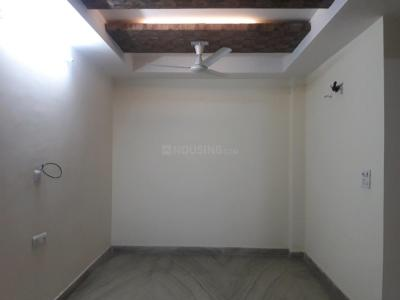 Gallery Cover Image of 900 Sq.ft 2 BHK Apartment for rent in Model Town for 30000