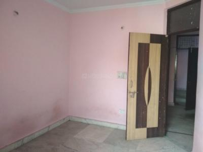 Gallery Cover Image of 700 Sq.ft 2 BHK Independent Floor for buy in WA-31, Shakarpur Khas for 4000000