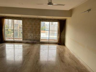 Gallery Cover Image of 2000 Sq.ft 3 BHK Apartment for rent in Santacruz West for 160000