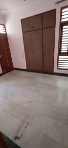Gallery Cover Image of 1450 Sq.ft 3 BHK Apartment for rent in Sector 23 Dwarka for 30000