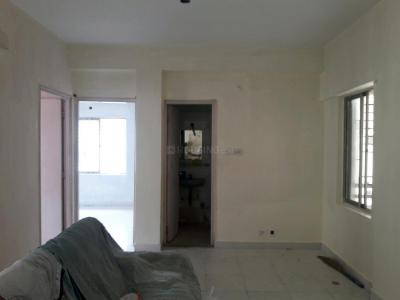 Gallery Cover Image of 1100 Sq.ft 3 BHK Apartment for rent in Shrachi Greenwood Park Extension, New Town for 18000