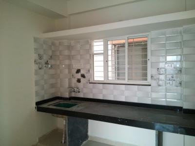 Gallery Cover Image of 895 Sq.ft 2 BHK Apartment for rent in Lohegaon for 9000