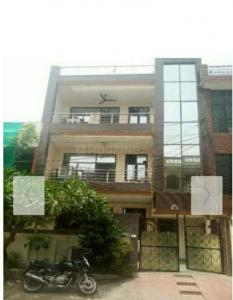 Gallery Cover Image of 2500 Sq.ft 2 BHK Independent Floor for rent in ARP Dream Homes, Sector 37 for 14000