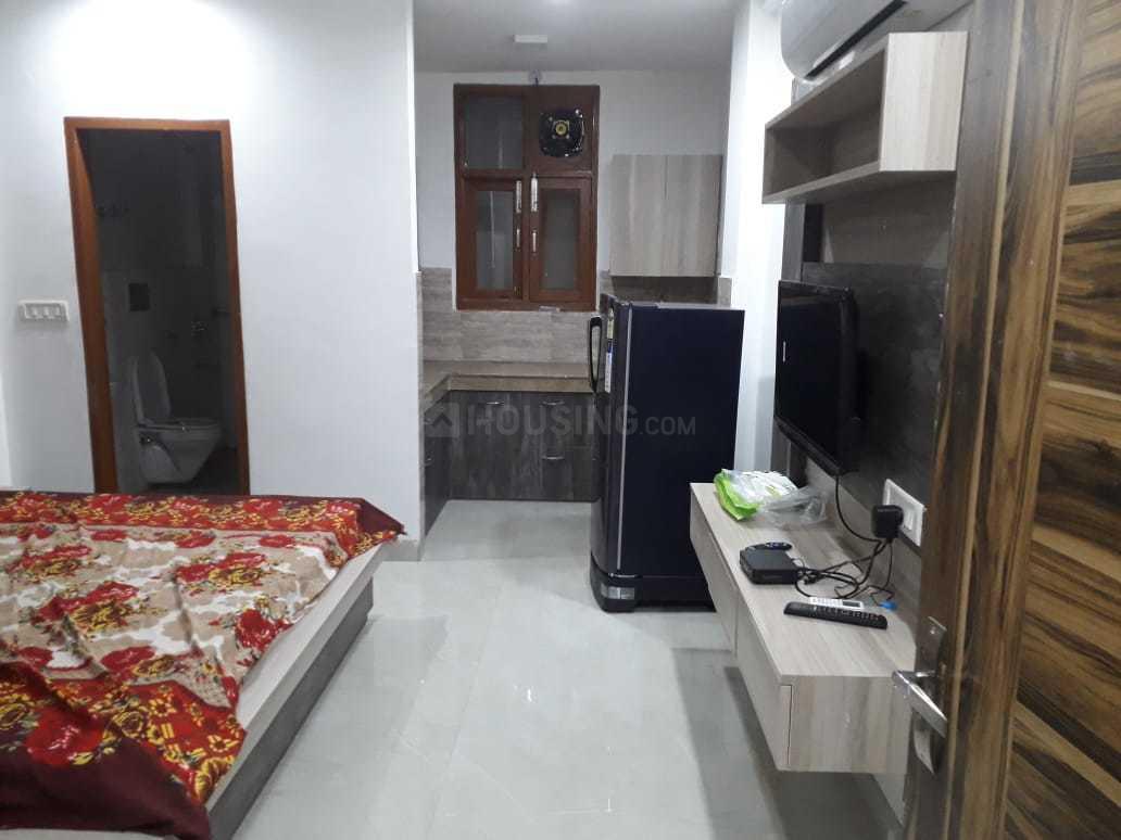 Bedroom Image of 820 Sq.ft 2 BHK Apartment for rent in Netaji Nagar for 22000
