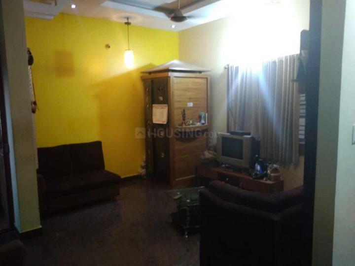 सुबरमानयपूरा में कृष्ण पीजी में लिविंग रूम की तस्वीर