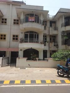 Gallery Cover Image of 1100 Sq.ft 2 BHK Independent Floor for buy in Unitech South City II, Sector 49 for 8000000