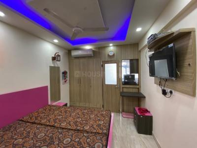 Gallery Cover Image of 220 Sq.ft 1 RK Apartment for rent in DLF Phase 1 for 15000