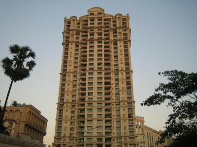 Gallery Cover Image of 1650 Sq.ft 3 BHK Apartment for rent in Hiranandani Gardens, Powai for 160000