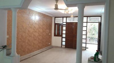 Gallery Cover Image of 1800 Sq.ft 3 BHK Independent Floor for rent in RWA Chittaranjan Park Block E, Chittaranjan Park for 35000