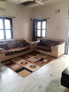 Gallery Cover Image of 2700 Sq.ft 4 BHK Independent House for rent in Jodhpur for 50000