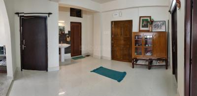 Gallery Cover Image of 1000 Sq.ft 3 BHK Apartment for rent in North Dum Dum for 10000