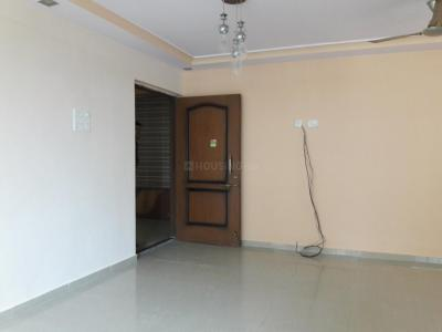 Gallery Cover Image of 960 Sq.ft 2 BHK Apartment for rent in Kandivali East for 29000