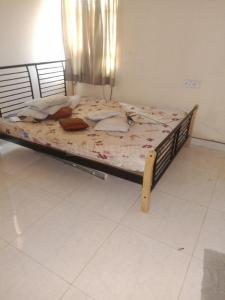 Gallery Cover Image of 1300 Sq.ft 2 BHK Apartment for rent in Rustam Bagh Layout for 32000