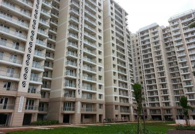 Gallery Cover Image of 1685 Sq.ft 3 BHK Apartment for rent in DLF Commanders Court, Egmore for 72000