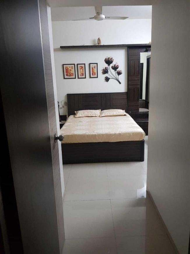 Bedroom Image of 1050 Sq.ft 3 BHK Apartment for rent in Thane West for 32000