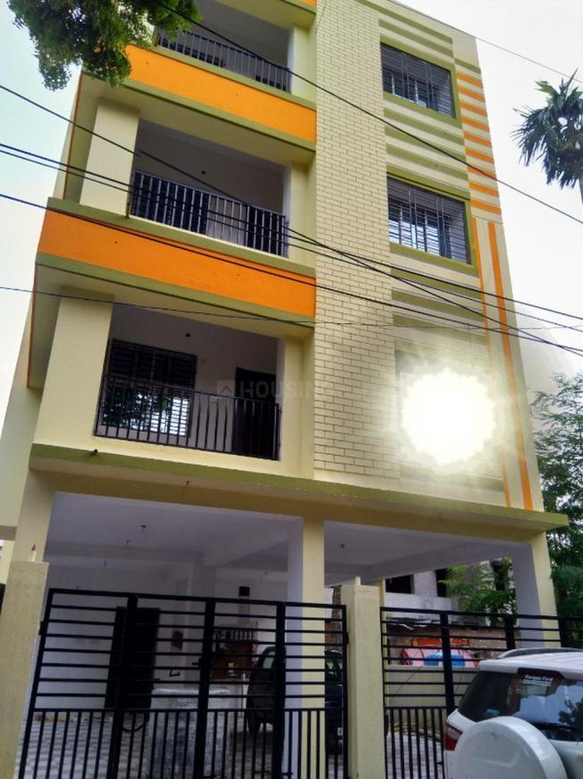 Building Image of 950 Sq.ft 2 BHK Apartment for rent in Tollygunge for 15000