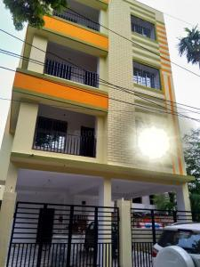 Gallery Cover Image of 950 Sq.ft 2 BHK Apartment for rent in Tollygunge for 15000