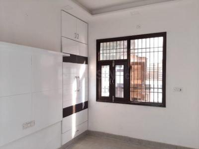 Gallery Cover Image of 730 Sq.ft 2 BHK Independent Floor for buy in Sector 17 Rohini for 6800000