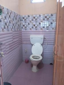 Bathroom Image of PG 5828658 Baghajatin in Baghajatin