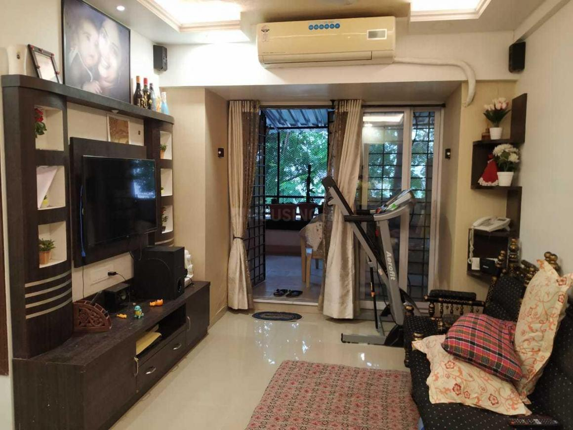 Living Room Image of 650 Sq.ft 1 BHK Apartment for buy in Malad West for 11000000