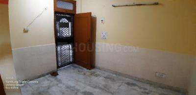 Gallery Cover Image of 360 Sq.ft 1 BHK Independent Floor for buy in Dilshad Garden for 2800000