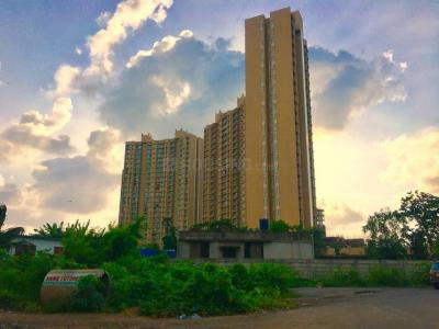 Gallery Cover Image of 600 Sq.ft 1 BHK Apartment for rent in Malad West for 31000