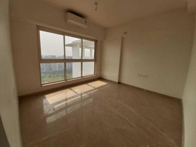Gallery Cover Image of 4200 Sq.ft 4 BHK Apartment for rent in Godrej The Trees, Vikhroli East for 250000
