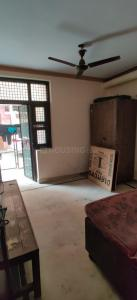 Gallery Cover Image of 1125 Sq.ft 4 BHK Independent Floor for buy in Mukherjee Nagar for 11000000