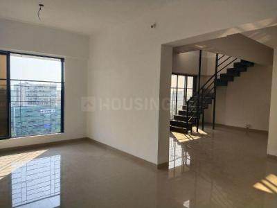 Gallery Cover Image of 1300 Sq.ft 2 BHK Apartment for rent in Arham Shri Arham Bluz, Andheri West for 100000